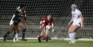 Women's soccer: Patriots shut out on the road by Saints