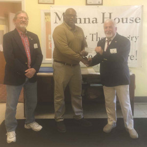 FLORENCE ELKS LODGE DONATES  TO MANNA HOUSE