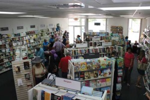 Biblestore Outlet opens at Commons at Magnolia
