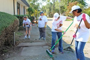 Volunteers kick off United Way campaign