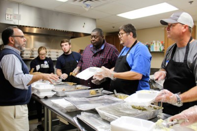 Day of Thanks feeds homeless at Courtney Graham Center