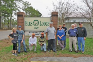 Elks fill 29 bags of trash from roadside