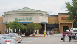Magnolia Mall reopens