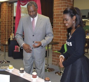 South Florence student turns love of baking into business